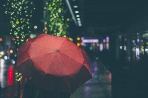 タイトルに「雨」の入ったK-POP4選